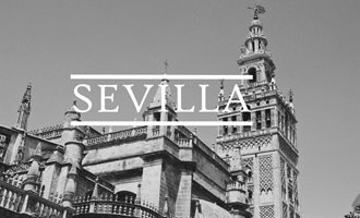 Sevilla Travel Tamer Street Photography_mini